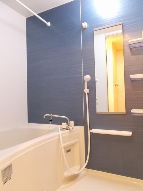 ポラリスⅡ 02030号室の風呂
