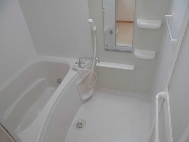 メリディオⅡ 02020号室の風呂