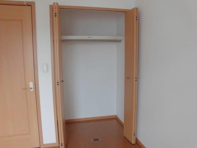 メリディオⅡ 02020号室の収納