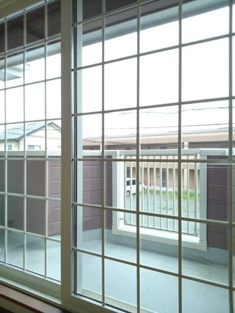 クレストールイイダA 02010号室のバルコニー