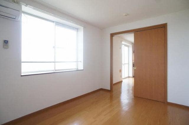 エミネンスユイⅡ 02020号室の居室