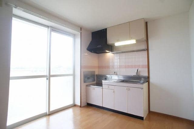 エミネンスユイⅡ 02020号室のキッチン