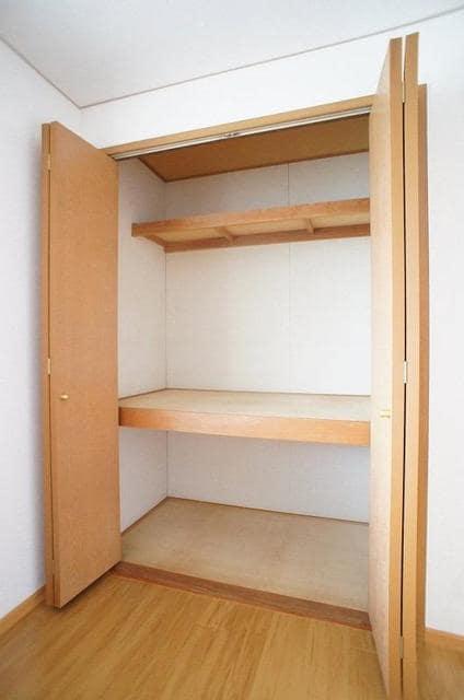 エミネンスユイⅡ 02020号室の収納