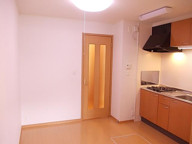 ミニヨン 101号室のリビング