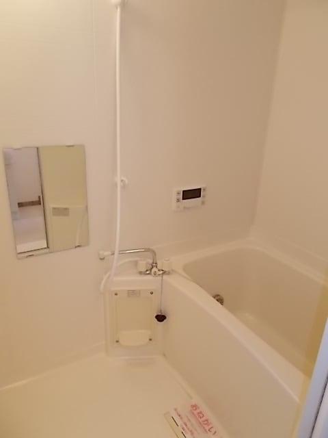 プラースⅢ 205号室の風呂