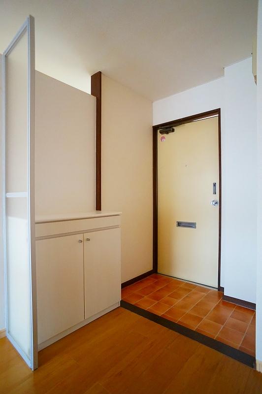 グリーンハイツ 02020号室の玄関
