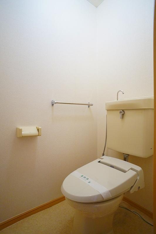 グリーンハイツ 02020号室のトイレ