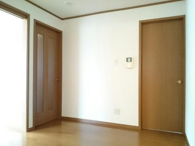 サンシャインA 01030号室のリビング