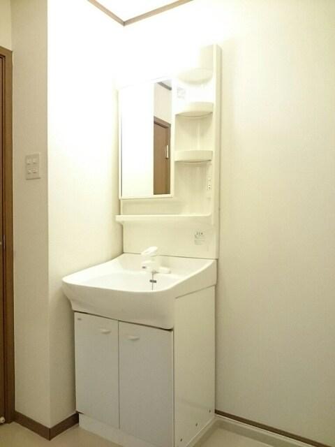 サンシャインA 01030号室の洗面所