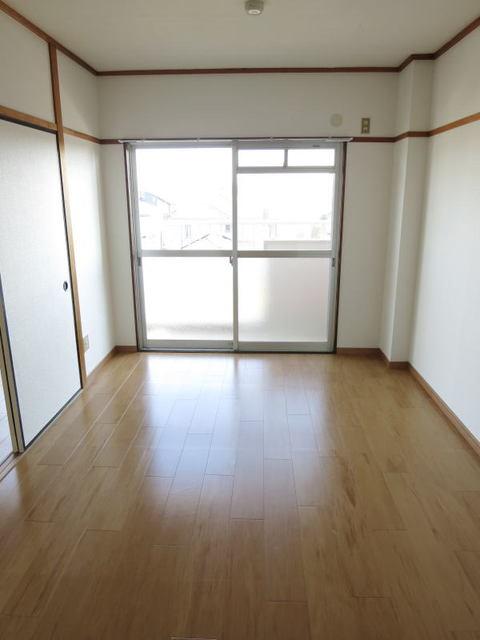 エスポワール永吉 202号室のベッドルーム
