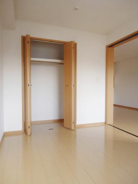 サンレミ・国森D 201号室の収納