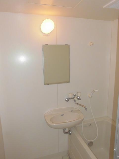 アネックス92 01020号室の洗面所