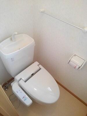 アヴニールA 02010号室のトイレ