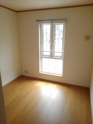アヴニールA 02010号室のベッドルーム