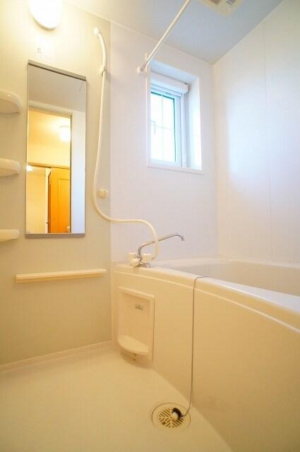 カンタ-ヴィラ A 02010号室の風呂