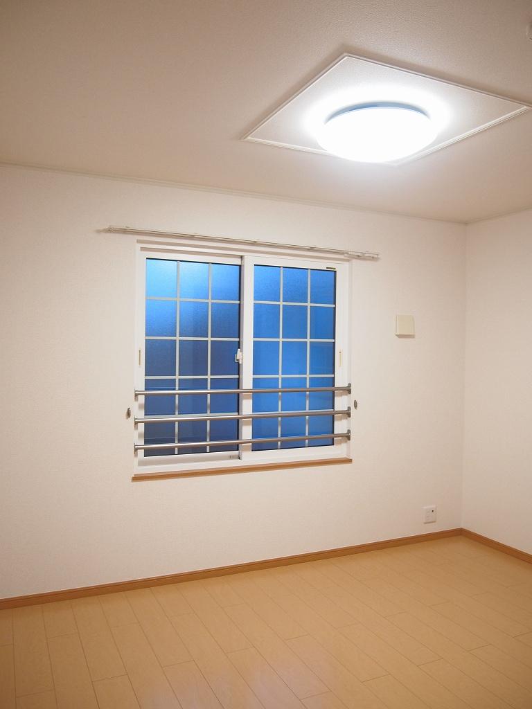 ラソ・ヒメーノⅠ 202号室のリビング