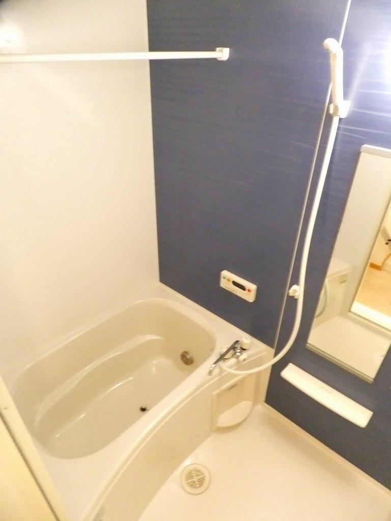 クロスロード153 202号室の風呂