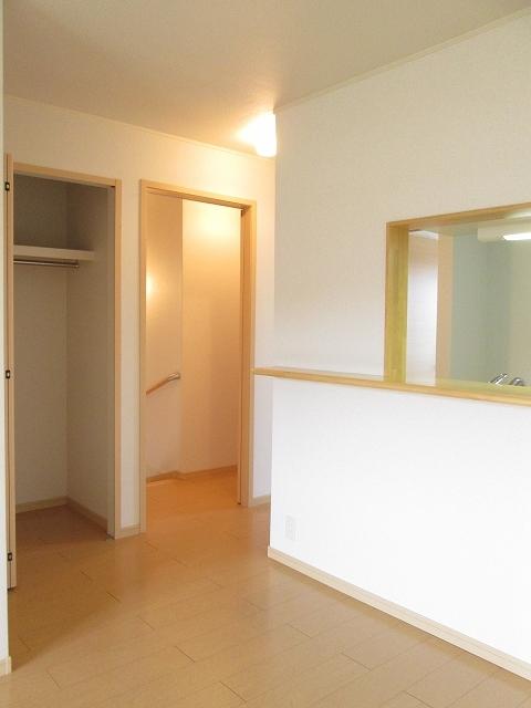 サンローレル A 02020号室の収納