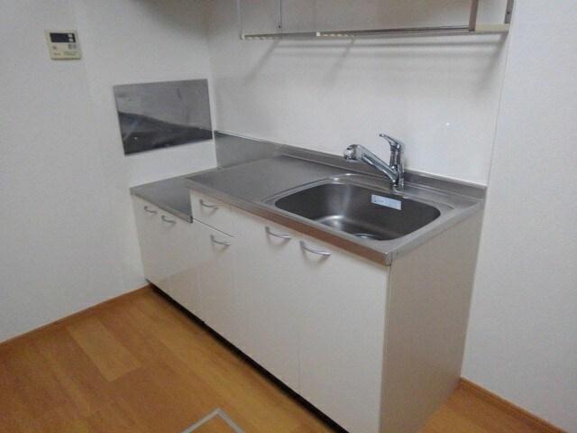 ヒラソル・ナツA 103号室のキッチン