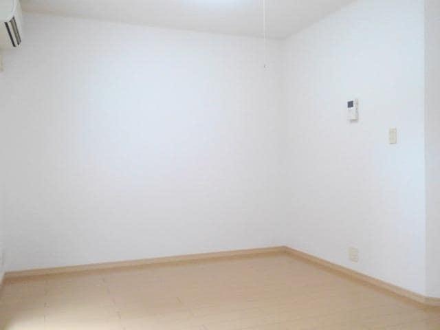 ファミール中野 Ⅰ 02010号室のバルコニー