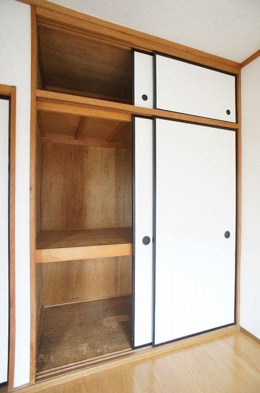 メゾントミ-Ⅱ 01020号室の収納