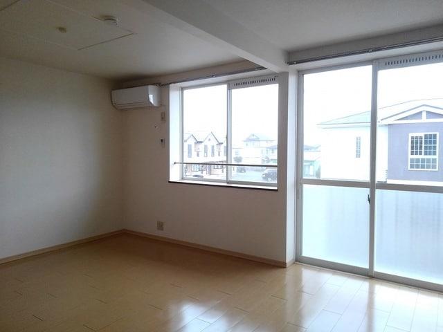 ゆ-とぴあ大橋 02010号室のリビング