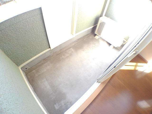 エンゼルパーク 弐番館 01010号室の収納