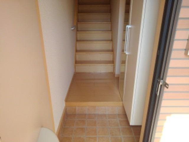 フィオーレWAKO H.S 02020号室の玄関