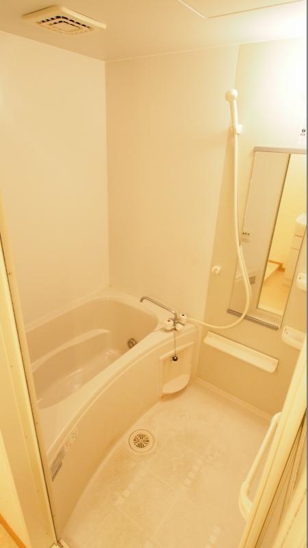 ムイ ビエ-ンA 02030号室の風呂