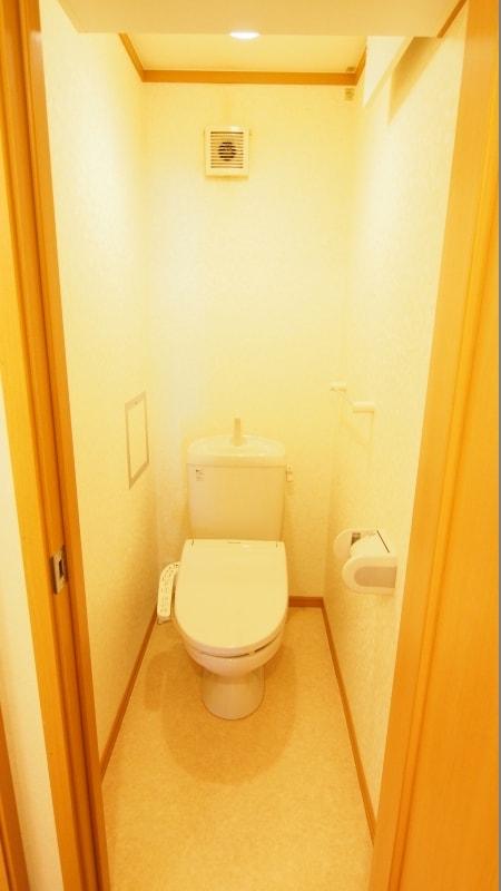 ムイ ビエ-ンA 02030号室のトイレ
