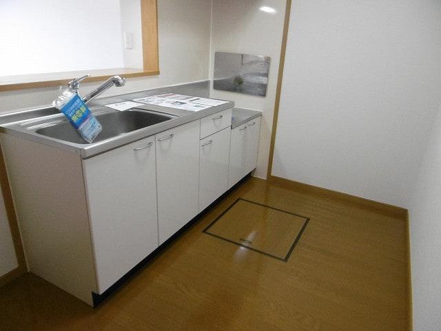 オーベルジーヌM 01020号室のキッチン