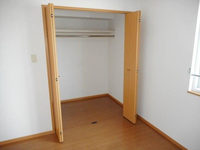 エトワール・パレⅠ 203号室の収納