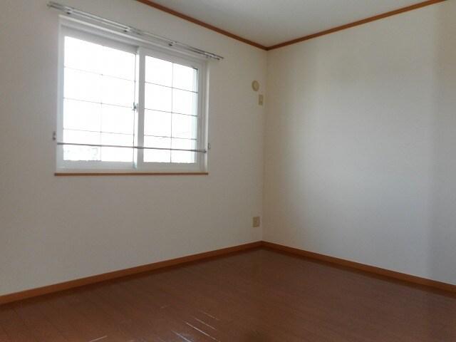 エトワール・パレⅠ 203号室の居室