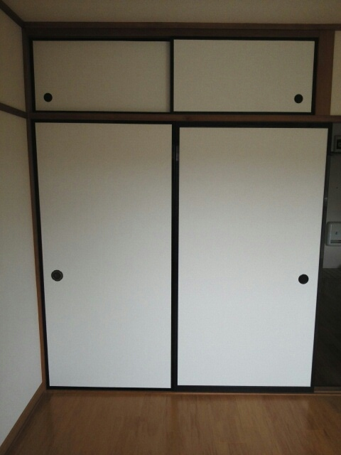 メゾンベルディ 02030号室の収納
