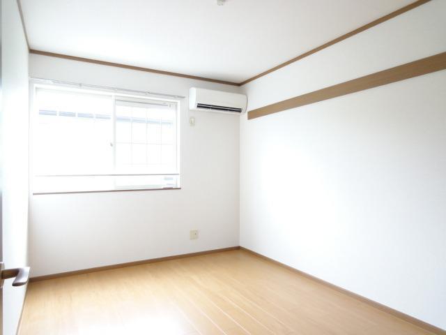 シャン・エトワール 02010号室の居室