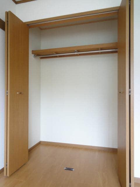 シャン・エトワール 02010号室の収納