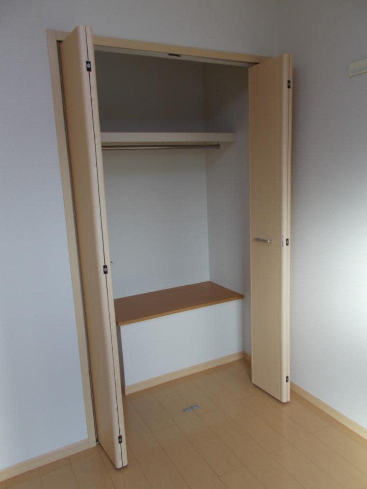 ラ フォンテ 201号室の収納