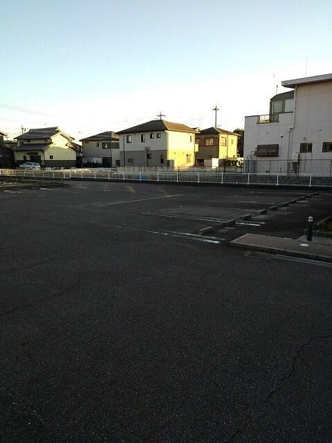 アルカンシエルⅢ 101号室の駐車場