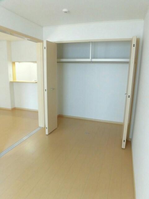 グランツ 02020号室の収納