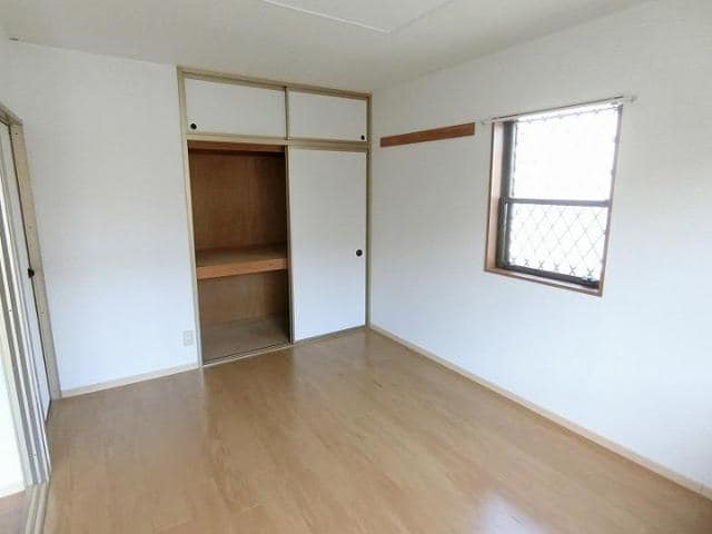 ドリーミー山中D 02010号室の収納