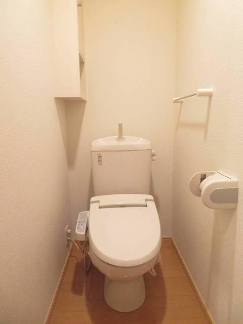 ローヤル ヒルコートM 101号室の洗面所