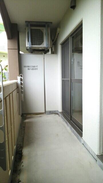 オーシャンブルー 203号室のバルコニー