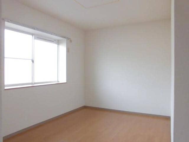 ヴィラ松前台B 02030号室の居室