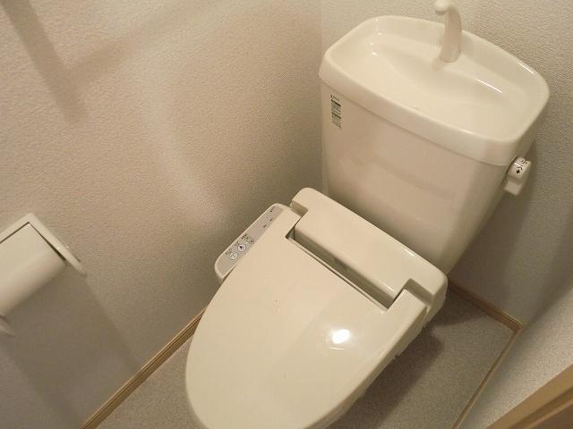 カレント・レジデンス 01040号室のトイレ