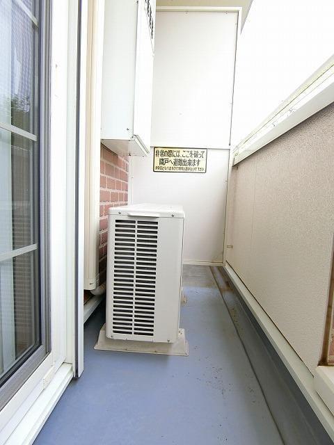 グランディールB 01020号室のバルコニー