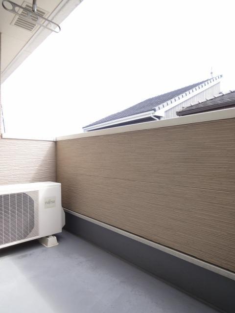 コンフォートテラス 02020号室のバルコニー