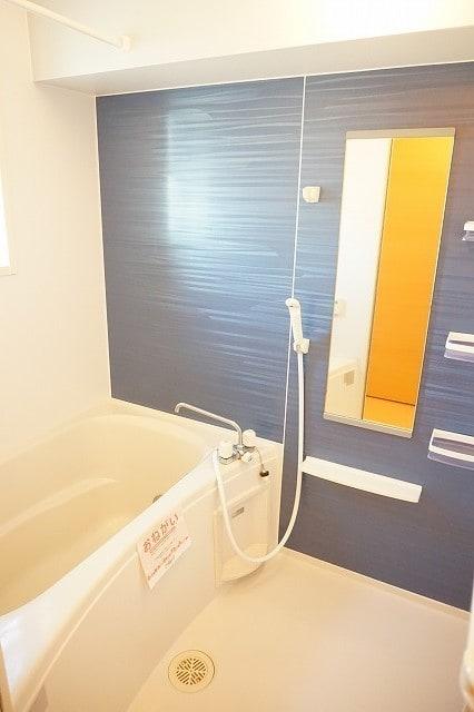 サンライズガーデンB 01020号室の風呂