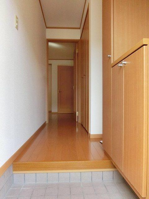 ツインコート B 01010号室の玄関