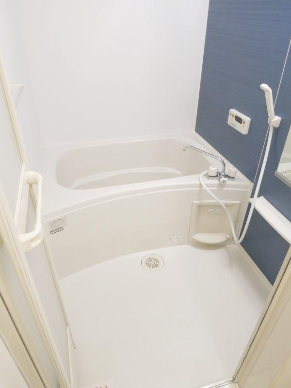 U ユートピア 101号室の風呂