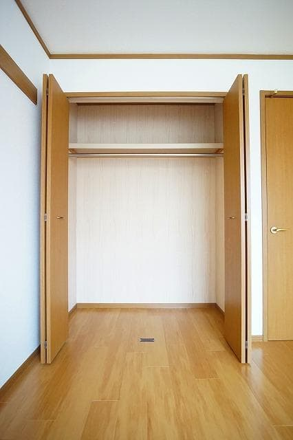 ソレーユシャンブル354B 02010号室の収納